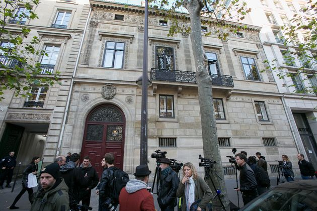 Journalists stand in front of Kim Kardashian West's luxury apartment, Hotel de Pourtales on Rue Tronchet,...