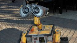 Four Things 'WALL-E' Got Right About Our tech-Obsessed