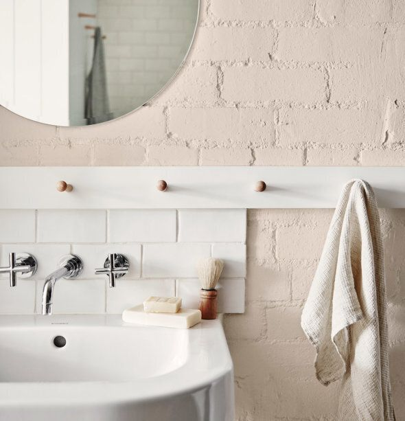 Styled by Bree Leech and Heather Nette King for Dulux Colour Trends 2017, this bathroom features Dulux parchment paper and hand towel from Hale Mercantile & Co.