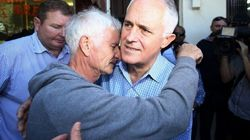 Malcolm Turbull Comforts Father Of MH17