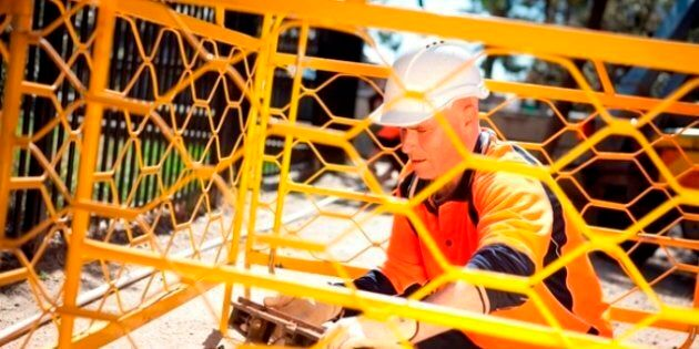 The leaked documents concerned delays and cost blowouts to the National Broadband Network rollout.
