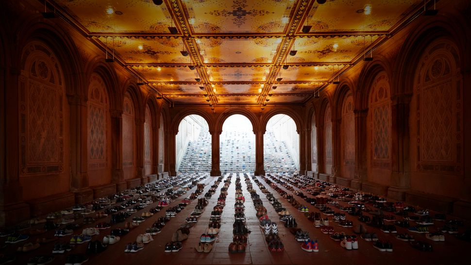 And in the United States? 1,620 pairs of shoes were lined up in multiple locations across the country.