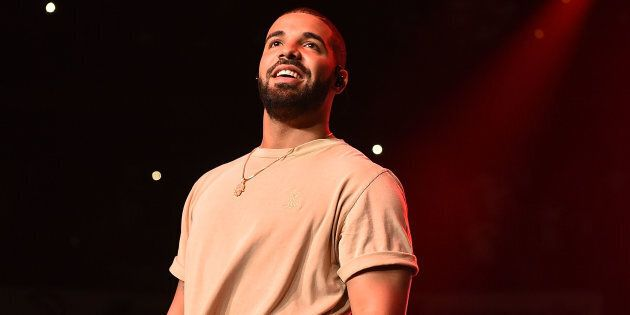 Drake Announces He's Coming To Australia Before The End Of The