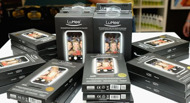 A Lumee case is used on smart phones to illuminate the