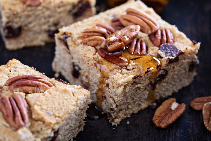 Chickpea blondies are packed full of fibre and plant protein.