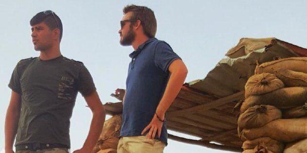 Wyatt Roy with a member of the Peshmerga in Sinjar