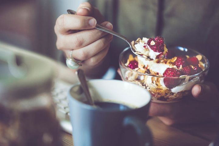 Make sure your brekkie has complex carbs (e.g. oats or whole grain toast), protein (yoghurt or eggs) and healthy fats (nuts or avocado).