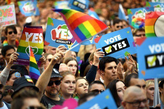 Alan Joyce donates $1 million to the 'Yes' campaign.