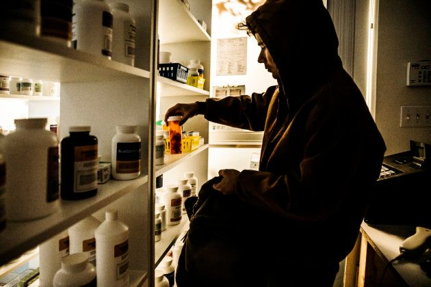 One fifth of the illicit drugs sold on the dark net are prescription