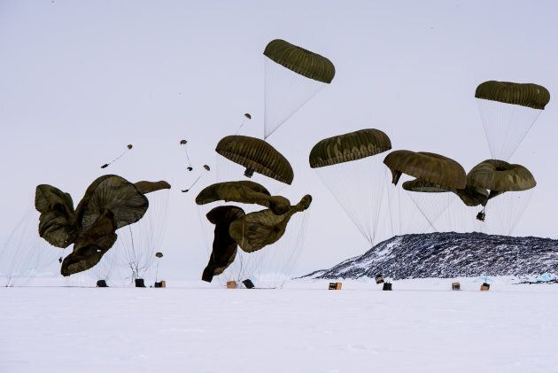 The supplies were parachuted to the ground.