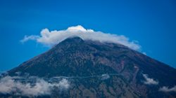 Bali Volcano: More Than 75,000 Flee Mount Agung As Eruption Fears