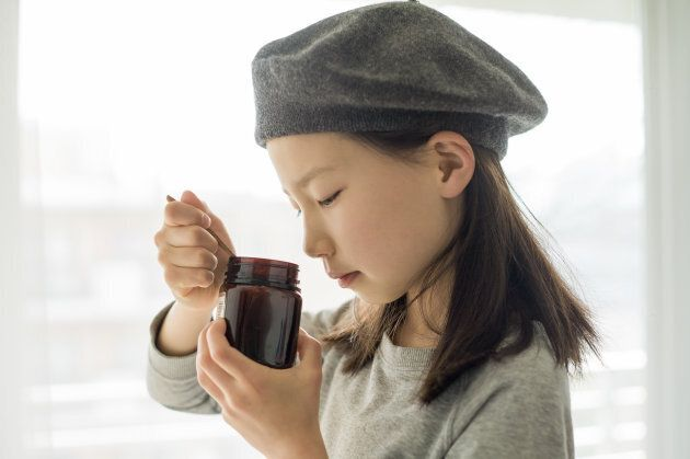 Is manuka honey a healthy sugar alternative?