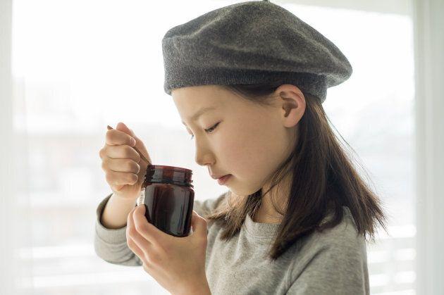 Is manuka honey a healthy sugar alternative?