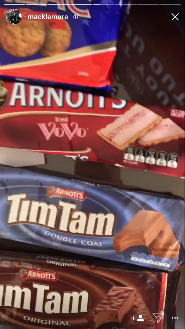 Macklemore Hits Sydney With Tim Tams, Iced VoVos And Anzac Biscuits Ahead Of NRL