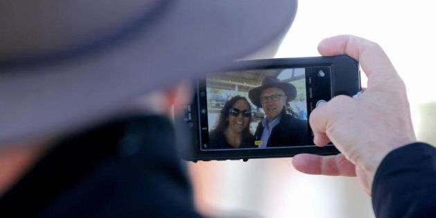Prime Minister Malcolm Turnbull takes a selfie at Yalata