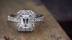 The Prettiest Emerald-Cut Diamond Rings From Australian