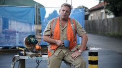 Everyone Is Hanging It On The Liberals For This Hilariously Bad 'Fake Tradie'