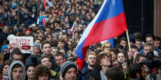 Supporters of Russian opposition leader Alexei Navalny are calling for Putin to step