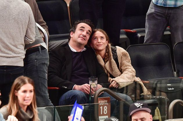 There is a 17 year age difference between Olivier Sarkozy and Mary-Kate Olsen, who wed in