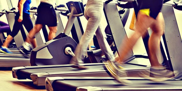 Try interval running on the treadmill rather than one set