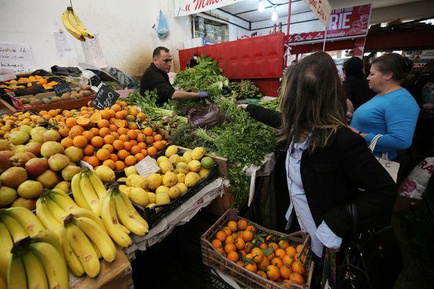 Premiers jours de Ramadhan : hausse considérable des prix des fruits et
