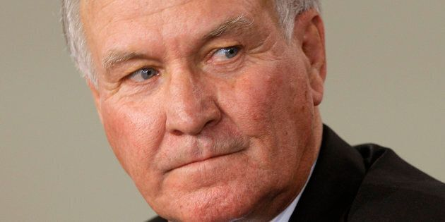 Former Independent member of parliament Tony Windsor has called in the lawyers over a news article detailing...