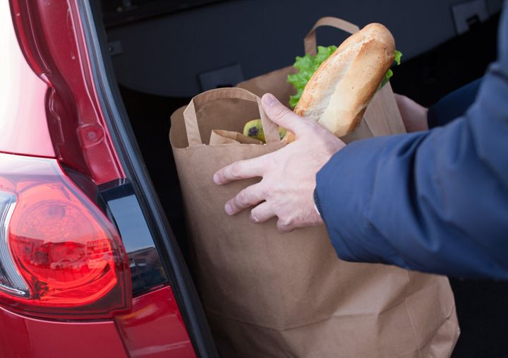 Make sure you keep your cold food items in an insulated cooler bag for the trip home.