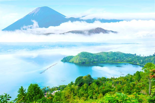 Lake Toba and the monstrous volcano