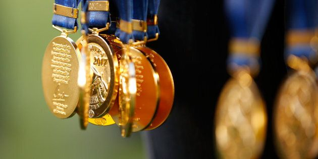 A 2017 premiership medal was worn by the woman in the photo.
