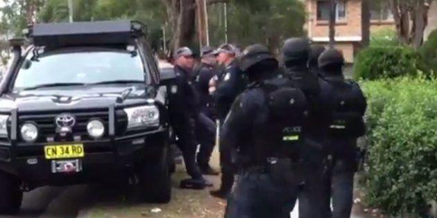 Police Raid Sydney Home In Money Laundering