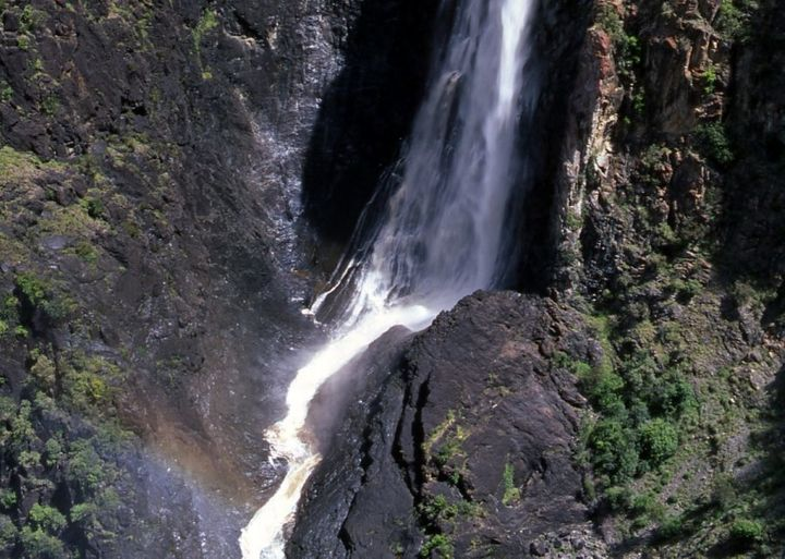 Wollomombi Falls, Oxley Wild Rivers National Park.