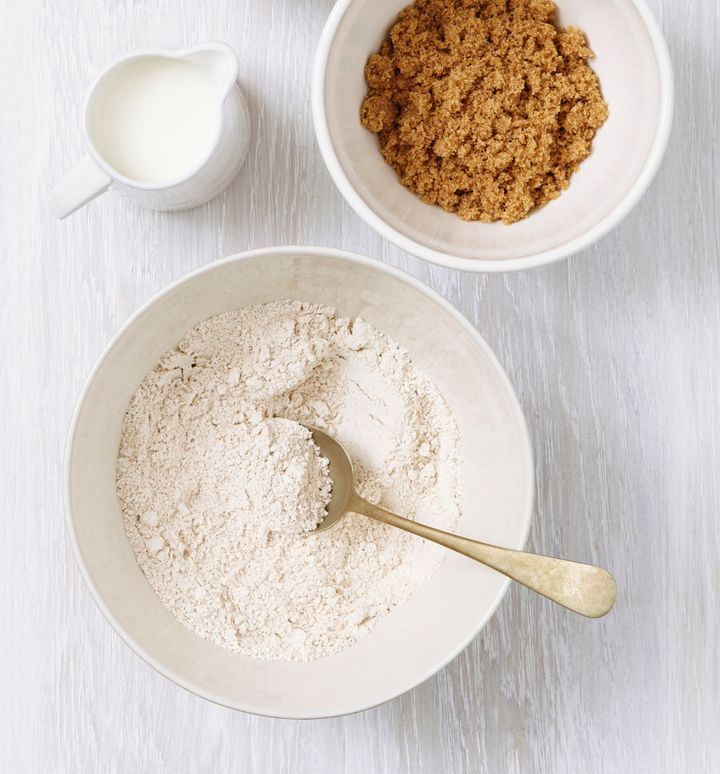 Leaven is a must for making light and fluffy muffins, cupcakes and cakes.