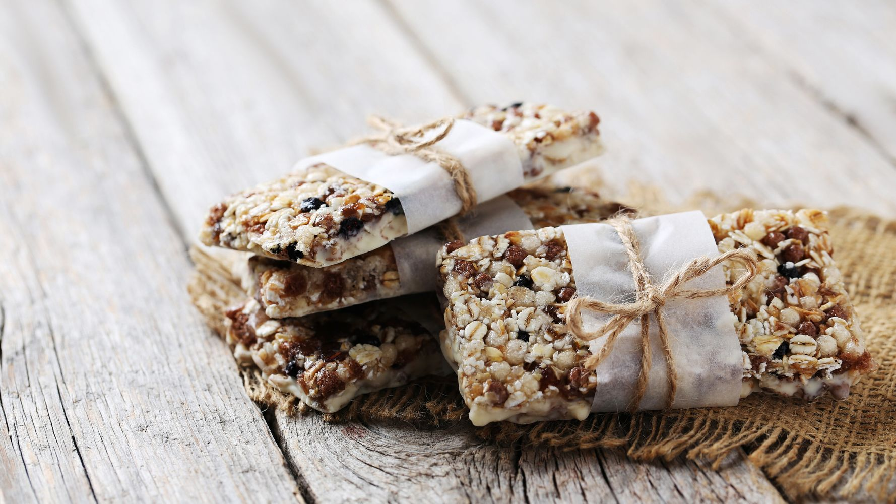 Here Are The Best And Worst Muesli Bars Huffpost Australia Food Drink