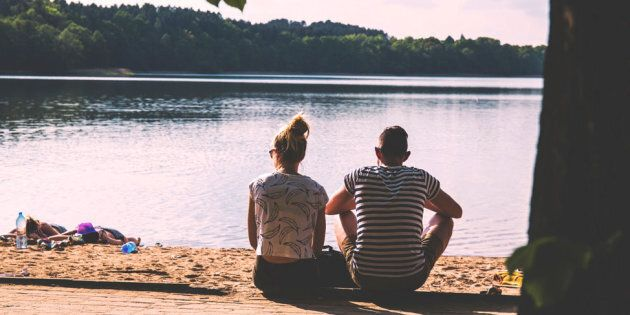 Signs Your Partner Is Checking Out Emotionally | HuffPost