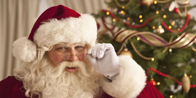 This viral post shares how to break the news about Santa without making kids feel lied to.