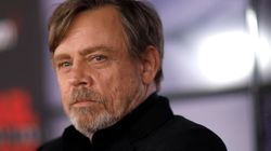 Mark Hamill Is Sorry For Slamming Luke Skywalker In 'The Last Jedi,'