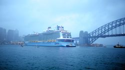 Watch Australia's Largest Cruise Ship Dock In Sydney