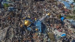 Scale Of Indonesian Quake Disaster Emerges As Rescuers Fan