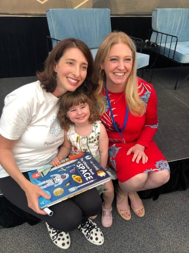 Green's space-obsessed daughter, Amélie, was lucky enough to meet Beth Moses, a former aerospace engineer at NASA.
