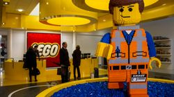 There's A Legit LEGO-Building Job Available In