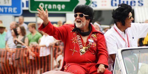 Parkes Mayor Ken Keith getting into the Elvis spirit at the Parkes Elvis