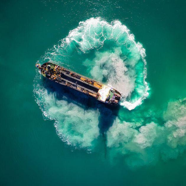 Cargo ship, WA. Photographer Rodrigo Branco Matsumoto was lucky enough to catch a ship doing