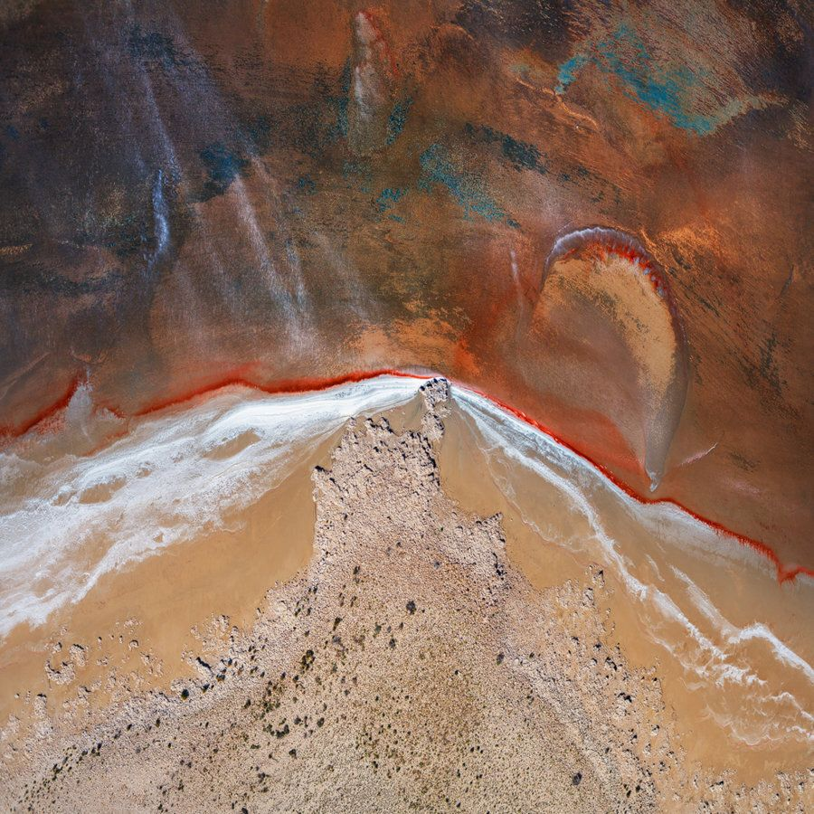 'A Wild Ride': How A Team Of Photographers Captured Lake Eyre From The