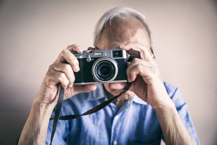 Digital photography has been found to improve attention and working memory of older individuals.