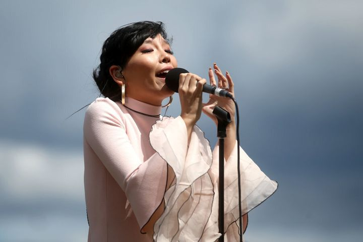 Dami Im sings at the Melbourne Cup.