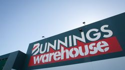 Britain's First Bunnings Just Opened And Everyone's Confused About The Sausage
