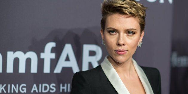 NEW YORK, NY - FEBRUARY 08: Actress Scarlett Johansson attends the 19th Annual amfAR New York Gala at...