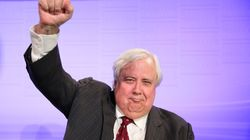 Clive Palmer Tweets About Fast Food And Twitter Loves