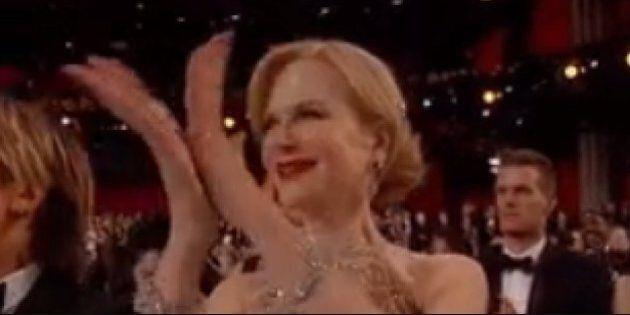 Nicole Kidman Explains That Weird Oscars Clapping
