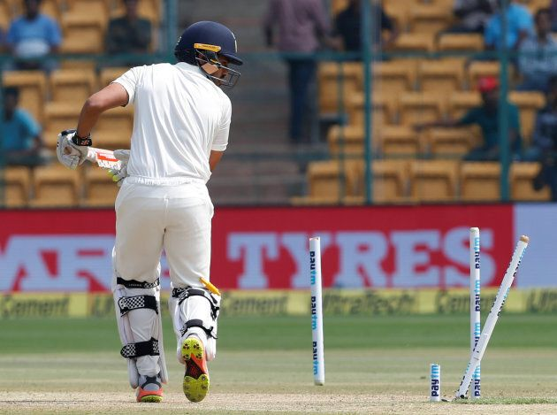 Indian batsman Karun Nair, you just got Starc'd.